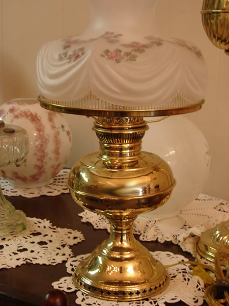 antique lamps 1 - decatur lamp copmany, decatur al